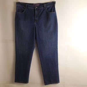 5108.Gloria Vanderbilt Straight leg Jeans Size 16P